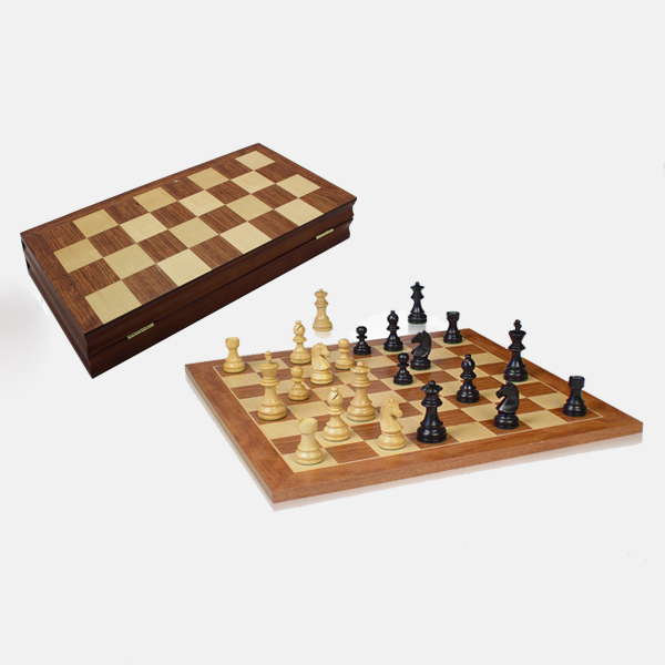 Hot Sell In Amazon 15 Inch Folding Wooden Chess Set International Chess Game Chess Board Game